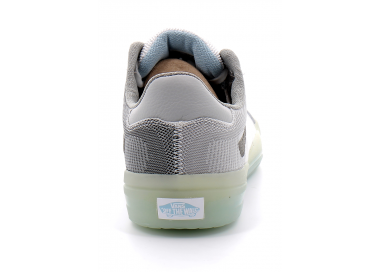 vans  ultimatewaffle grey vn0a5dy76kl1 115,00€